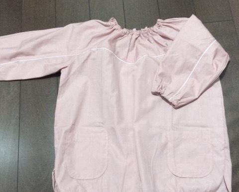 ズボラ母でもすぐ出来る、超簡単なスモックの袖上げ方法【幼稚園入園準備】