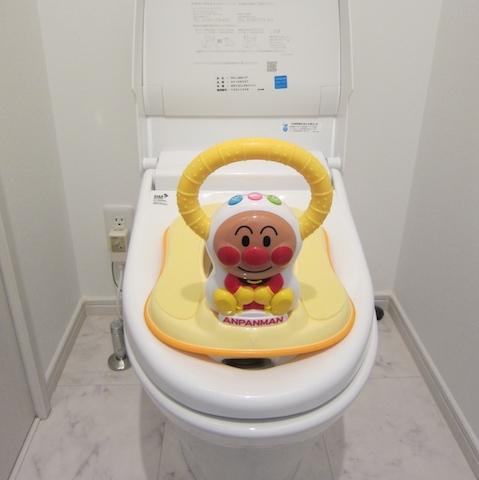 トイレトレーニング⑦初めての子供用トイレ!